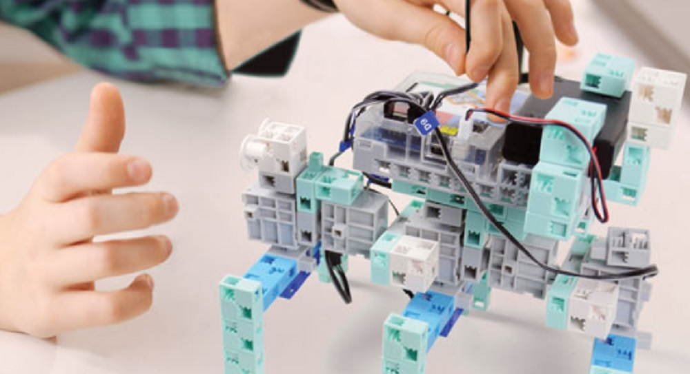 Comment créer un robot informatique ?
